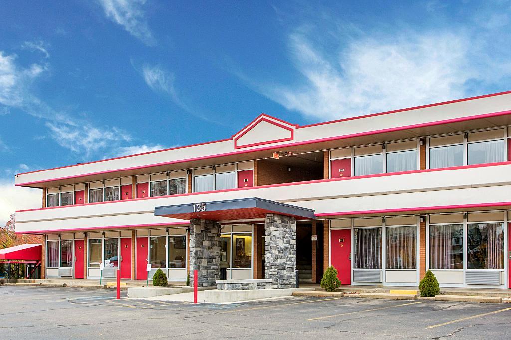 Econo Lodge Zanesville