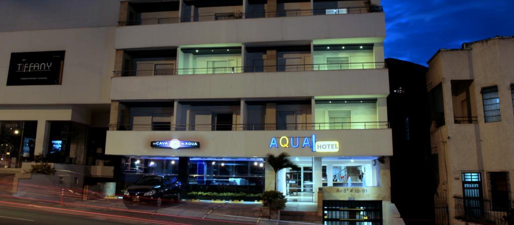 アクア グラナダ ホテル