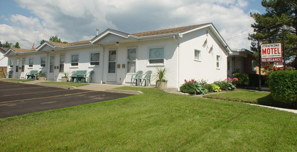 Strathcona Motel