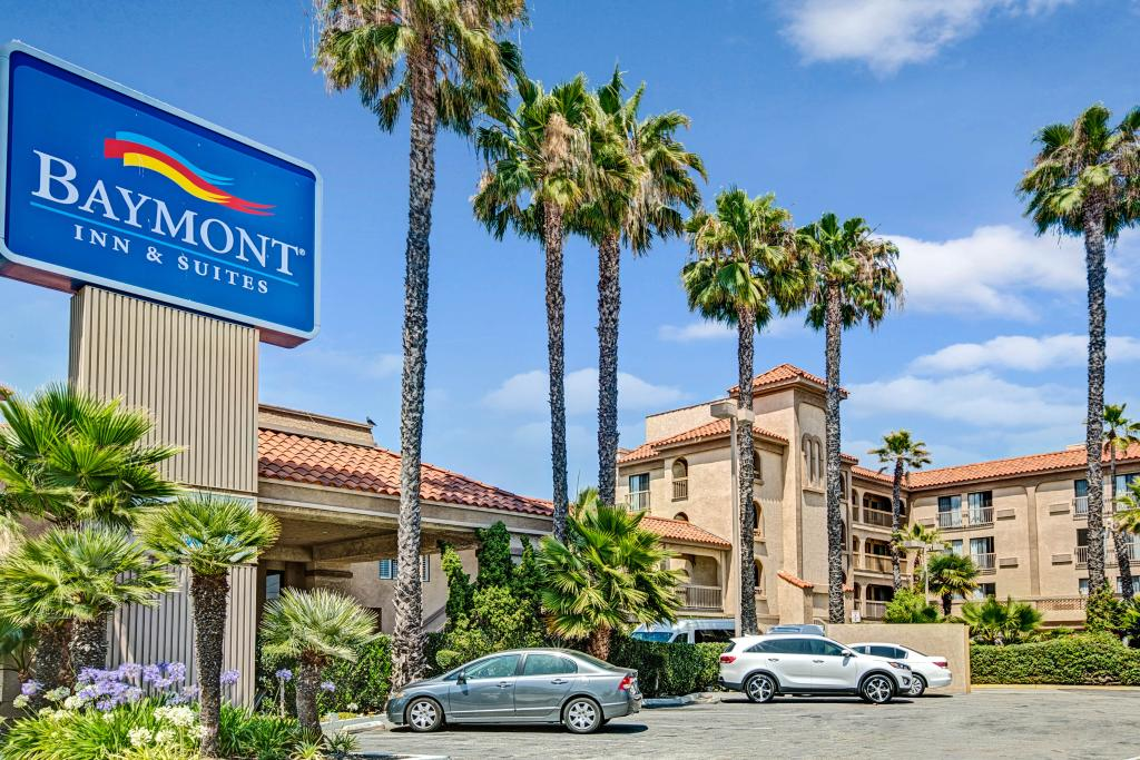 ‪Baymont Inn & Suites - Lax/Lawndale‬