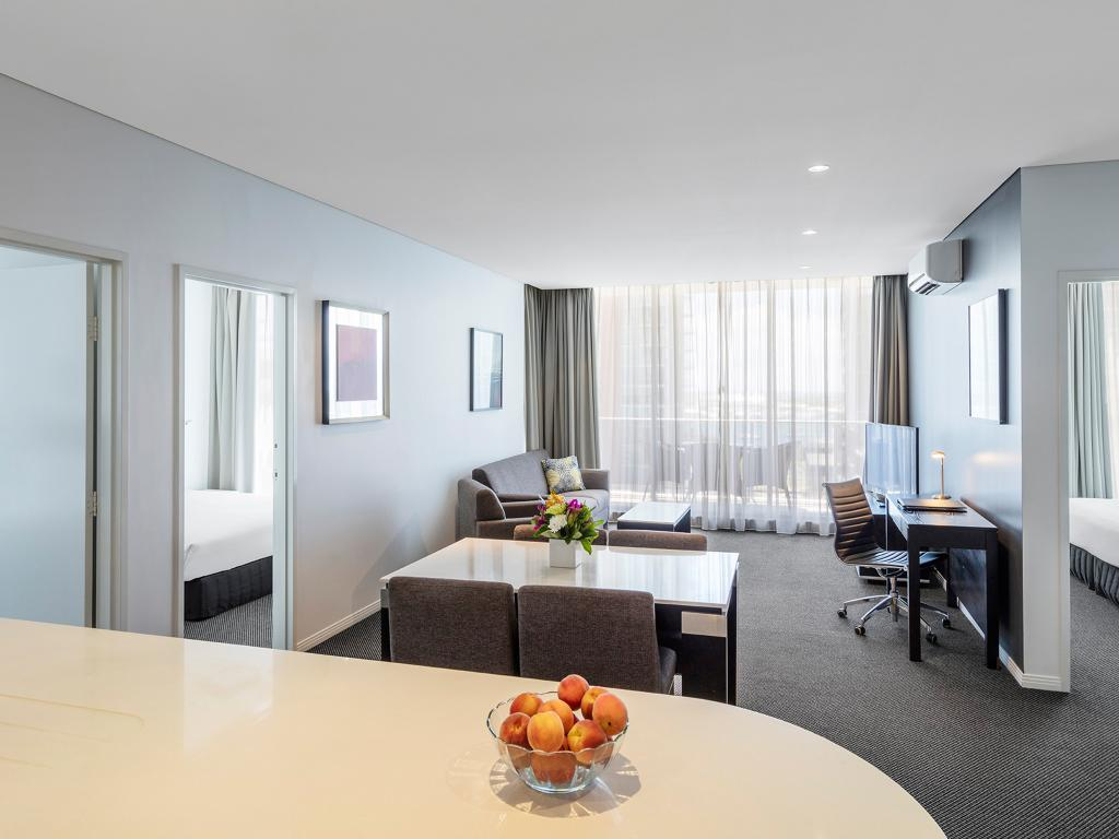 Meriton Serviced Apartments Aqua Street, Southport