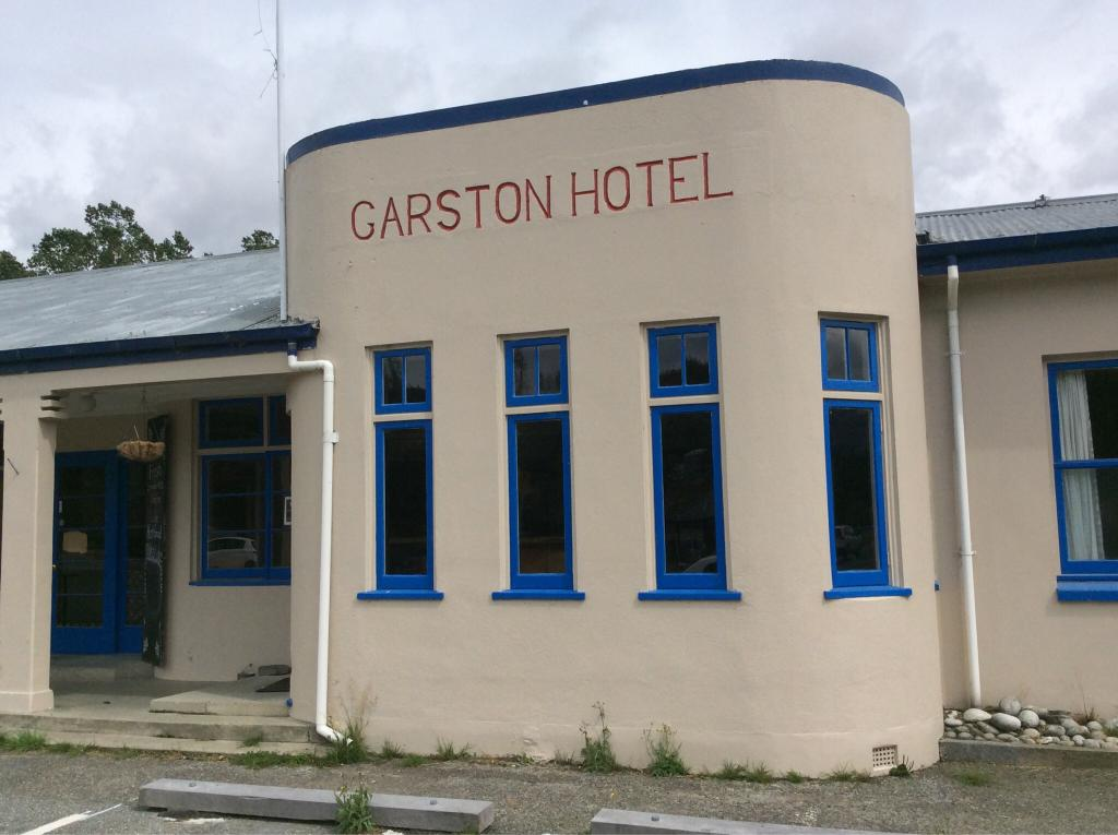 Garston Hotel