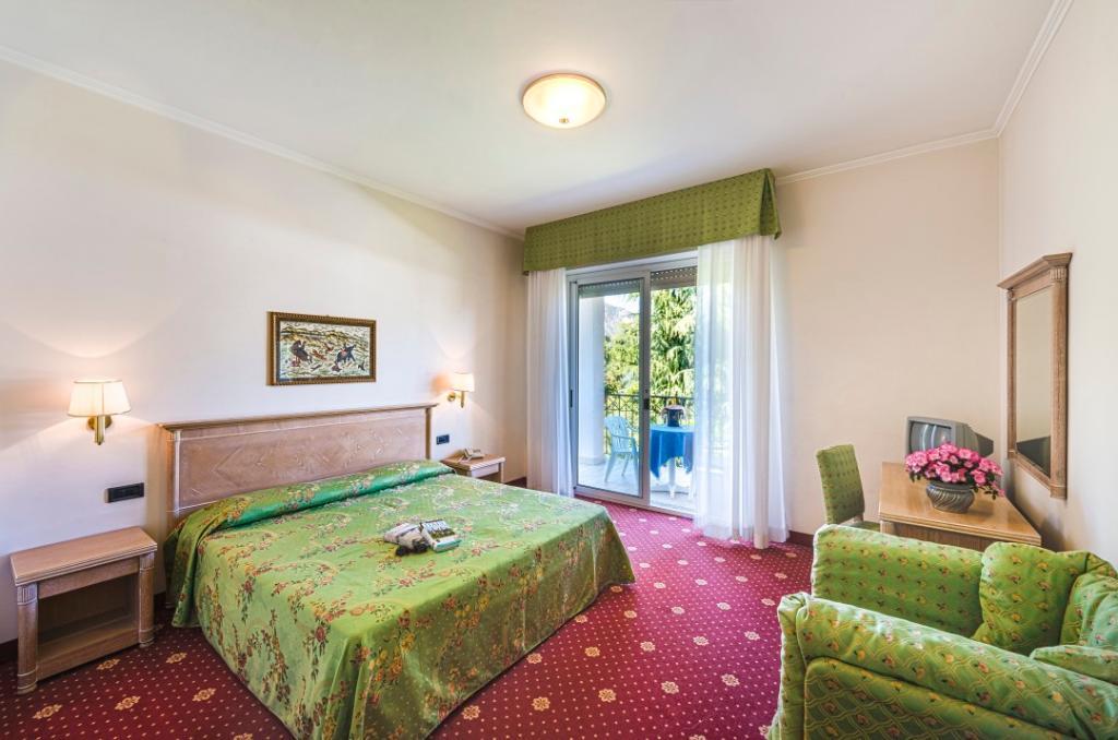ホテル リド ラ ペルラ ネラ
