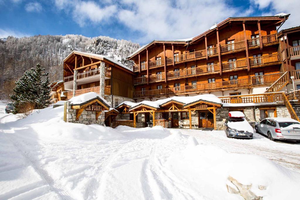 Langley Hotel La Foret