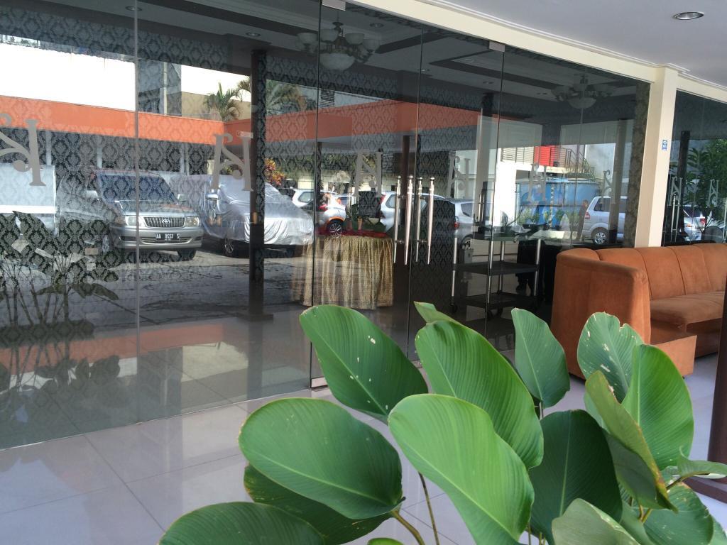 New Naripan Hotel