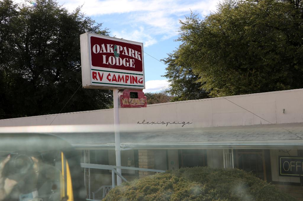 Oak Park Motel & RV Park