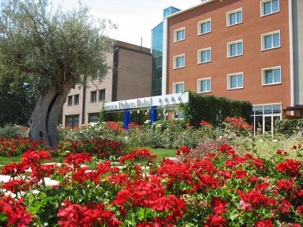 Anusca Palace Hotel Bologna