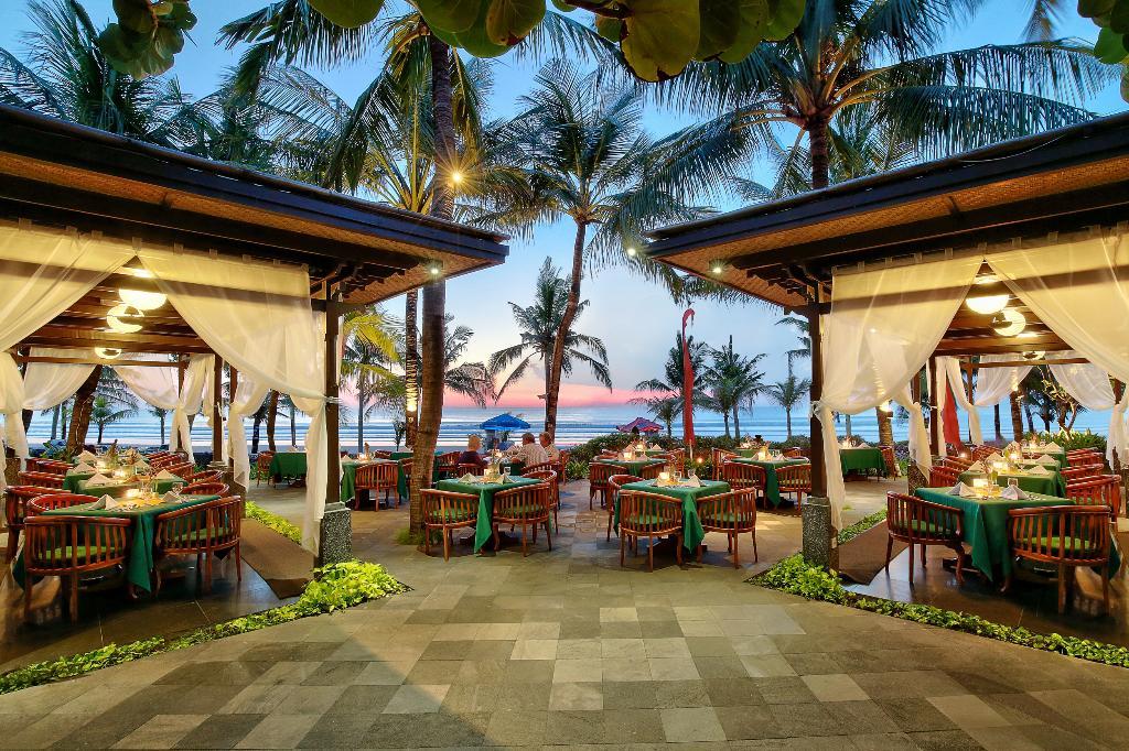 雷吉安海灘酒店