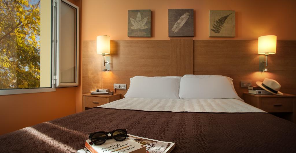호텔 발네아리오 데 코프렌테스