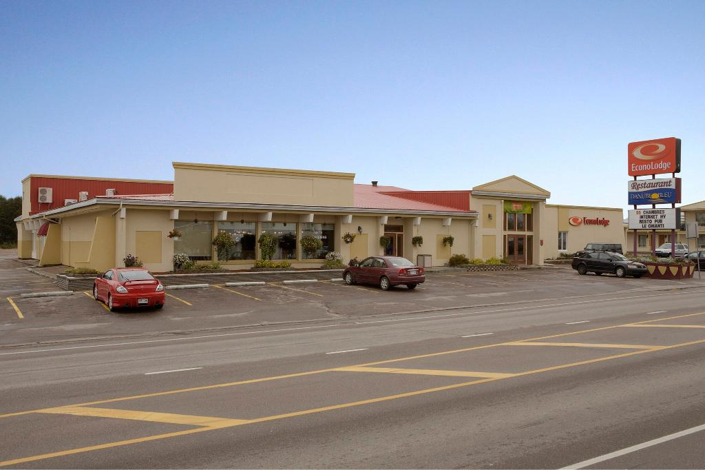 Econo Lodge Forestville