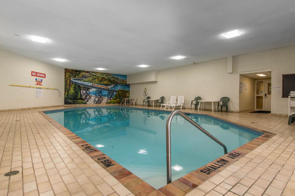 Quality Inn & Suites Bay Front