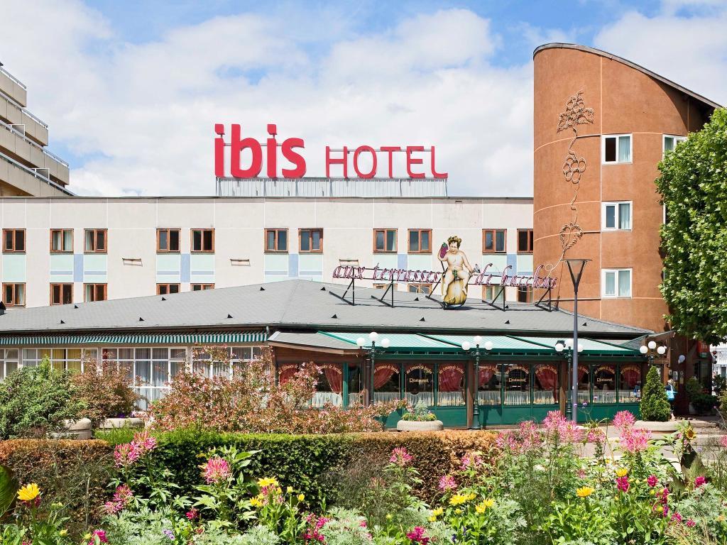Ibis St Etienne Nord-Terrasse