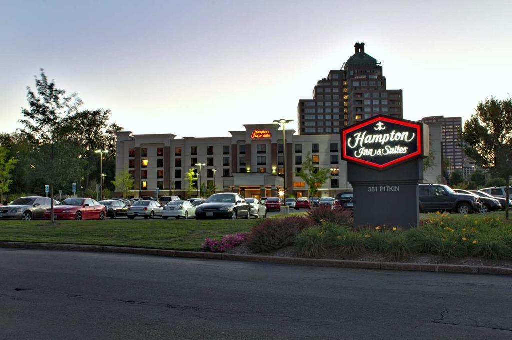 Hampton Inn & Suites Hartford/East Hartford