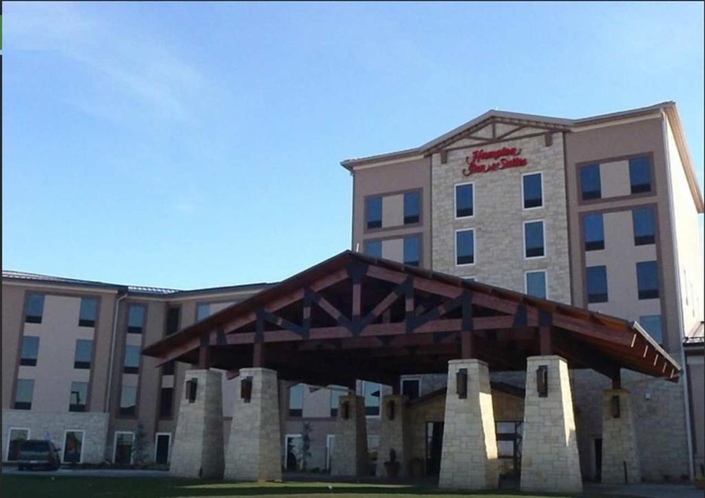 Hampton Inn & Suites I-35 / Mulvane