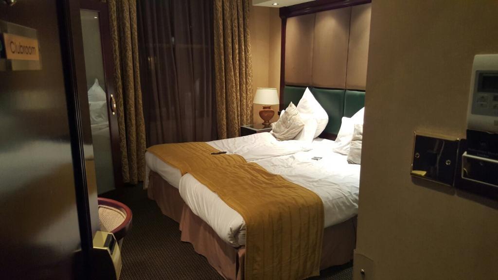 โรงแรมชาฟต์สบิวรี่ พรีเมียร์ ลอนดอน นอตติ้งฮิล