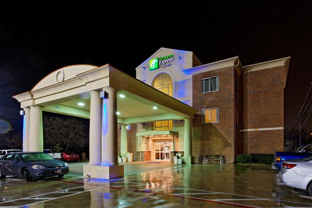 Holiday Inn Express San Antonio South Hotel