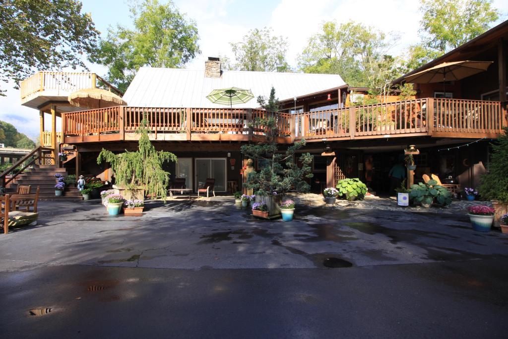Dillsboro Inn