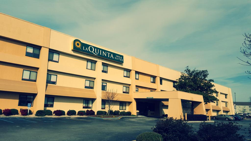 La Quinta Inn & Suites Huntsville Madison Square