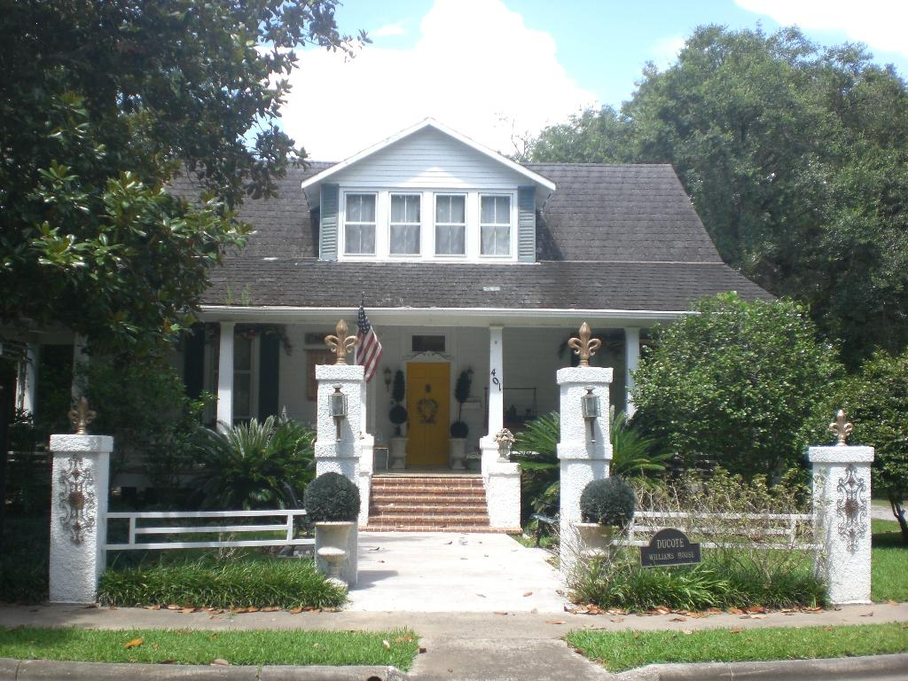 The Ducote-Williams House