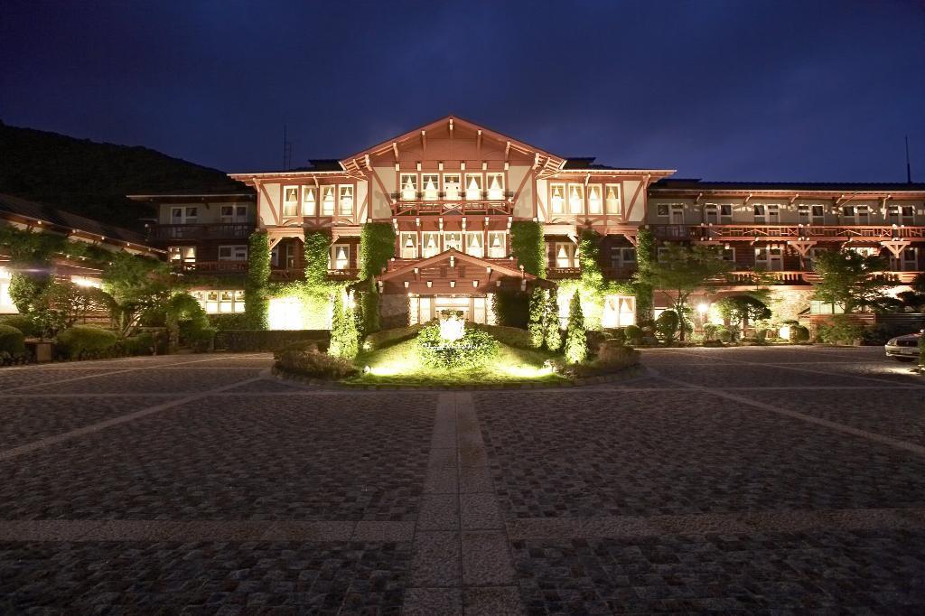 운젠 칸고 호텔