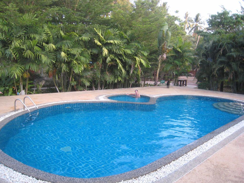 NT Lanta Resort