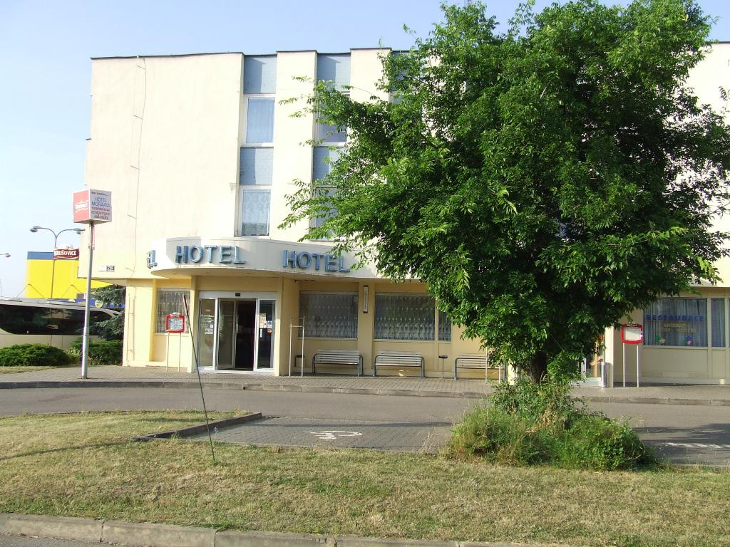 Moravka Hotel