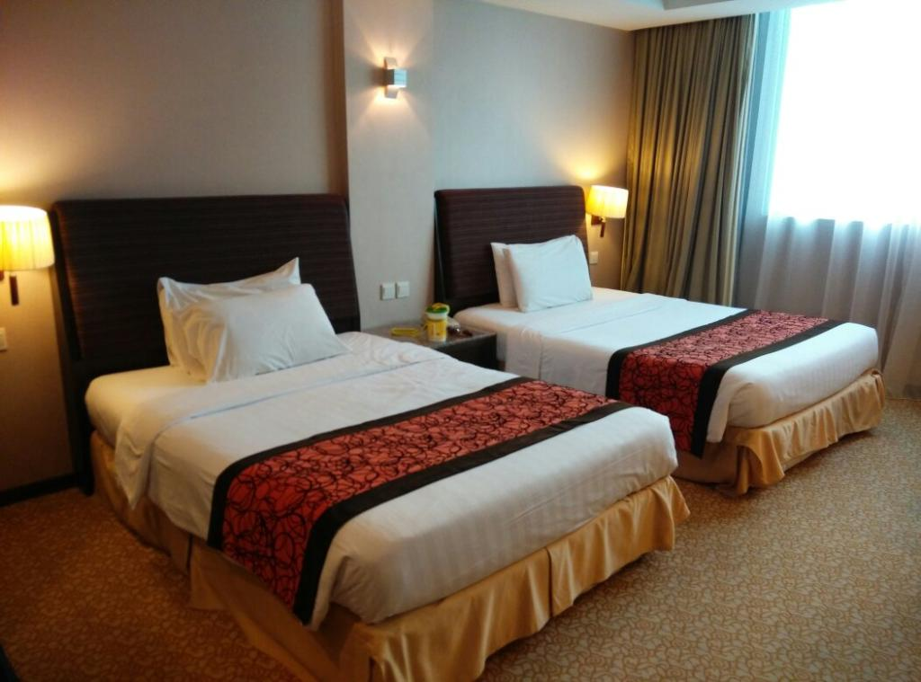 グランド パラゴン ホテル