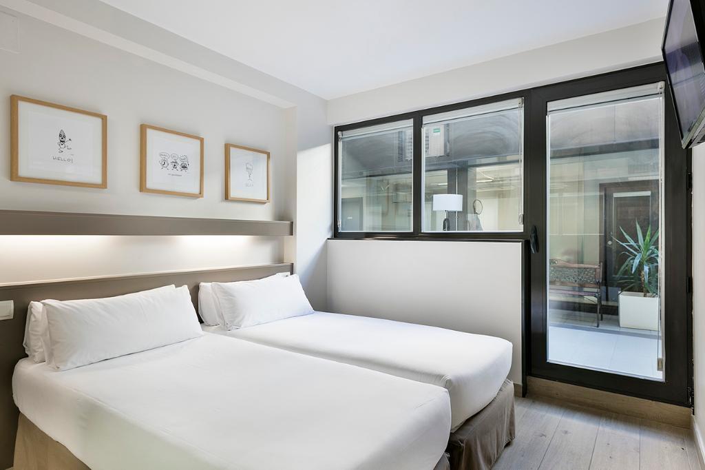 BCN - モンジュイック アパートホテル