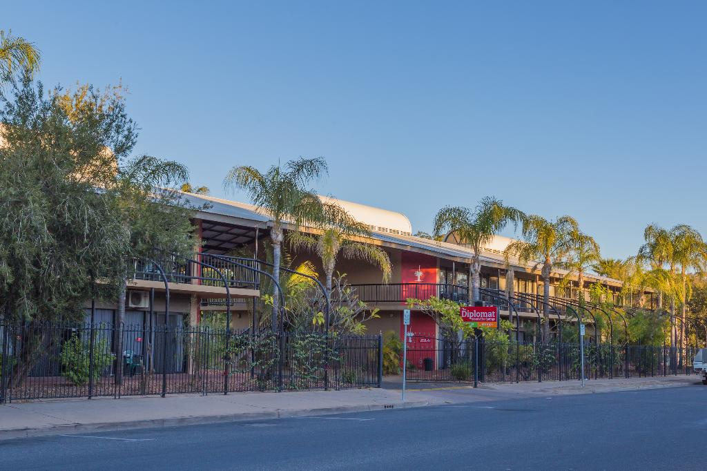 Diplomat Alice Springs