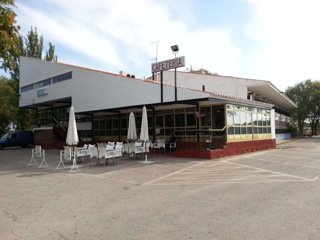 ホテル マンサナレス