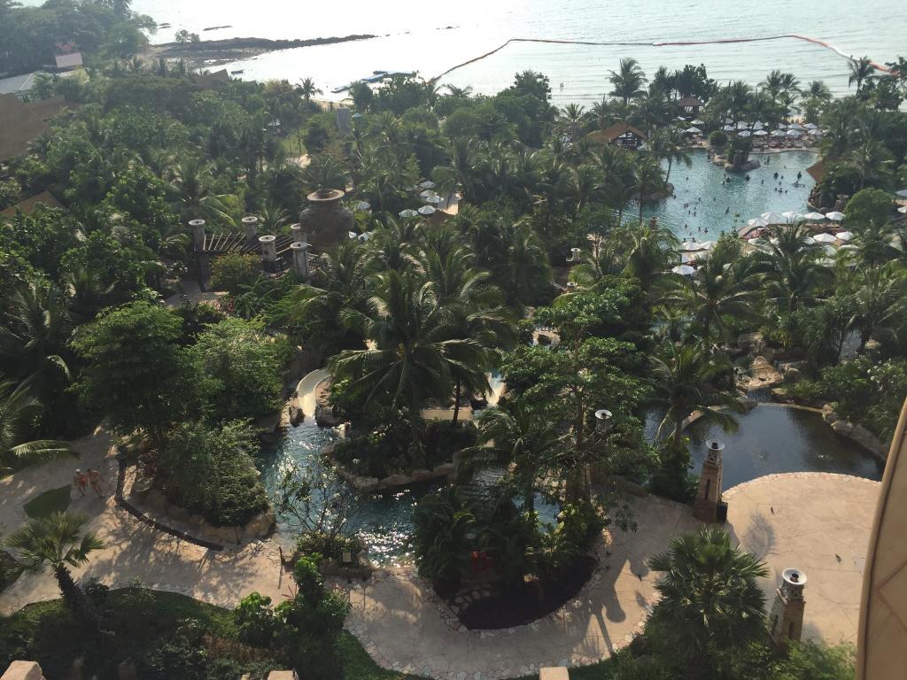 セントラル ウォン アマ ビーチ リゾート