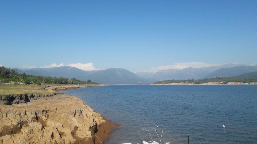 Cabanas Lago Colbun