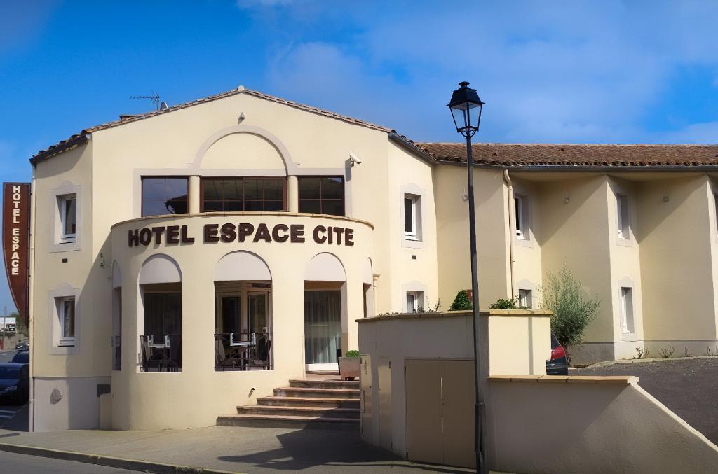 Hôtel Espace Cité