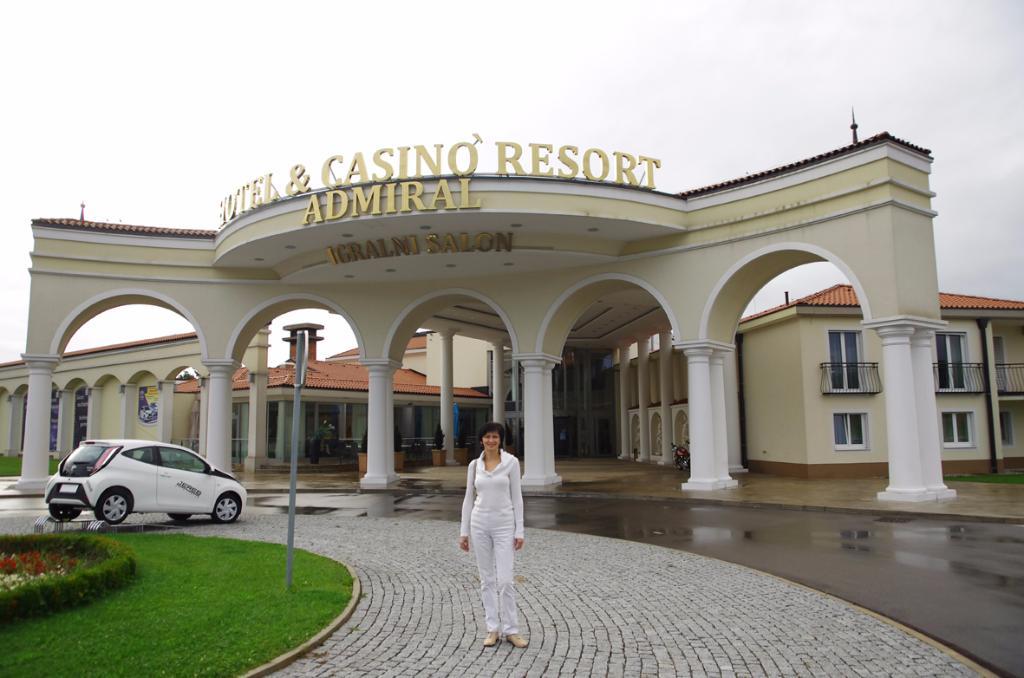 ホテル & カジノ リゾート アドミラル