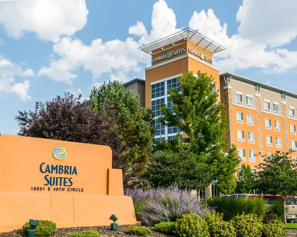 Cambria hotel & suites Denver International Airport
