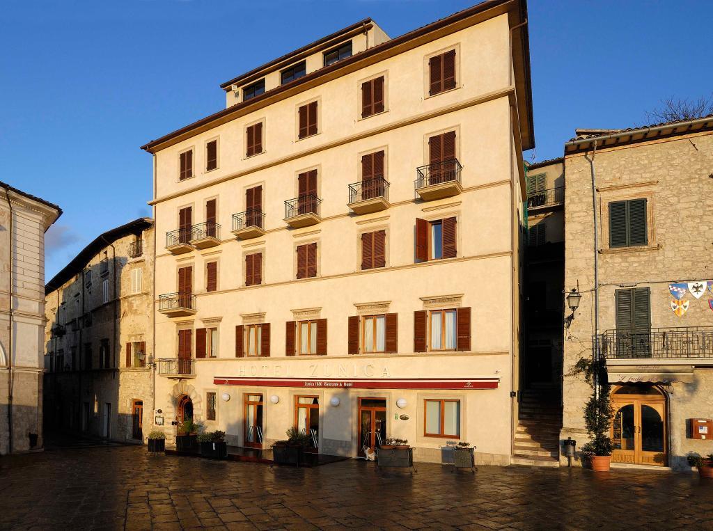 Hotel & Ristorante Zunica 1880