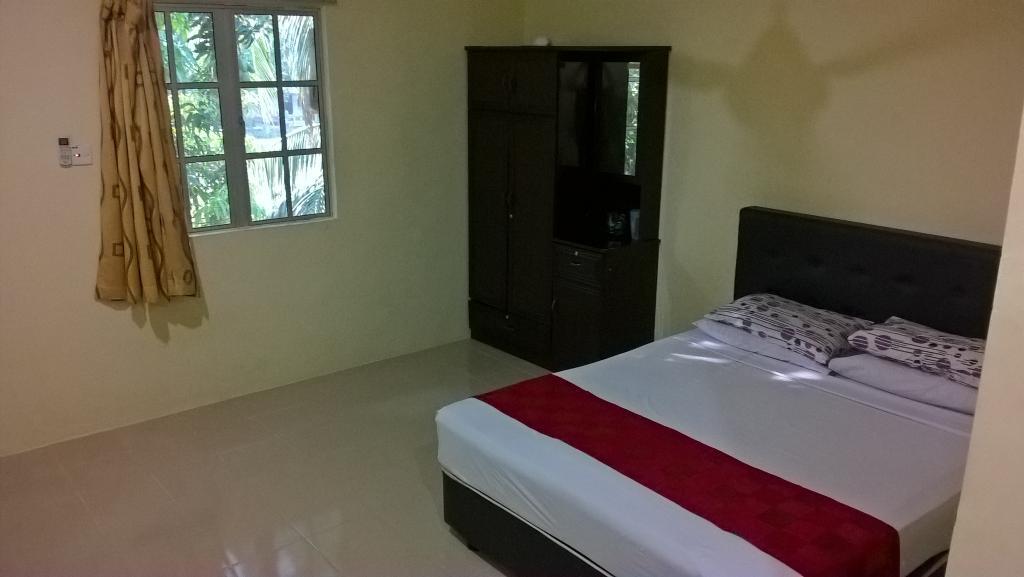 D'Warung Motel