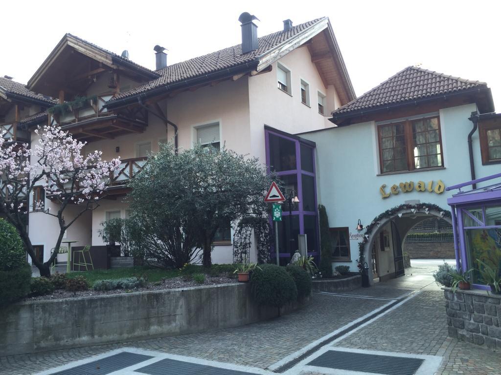 Hotel Lewald