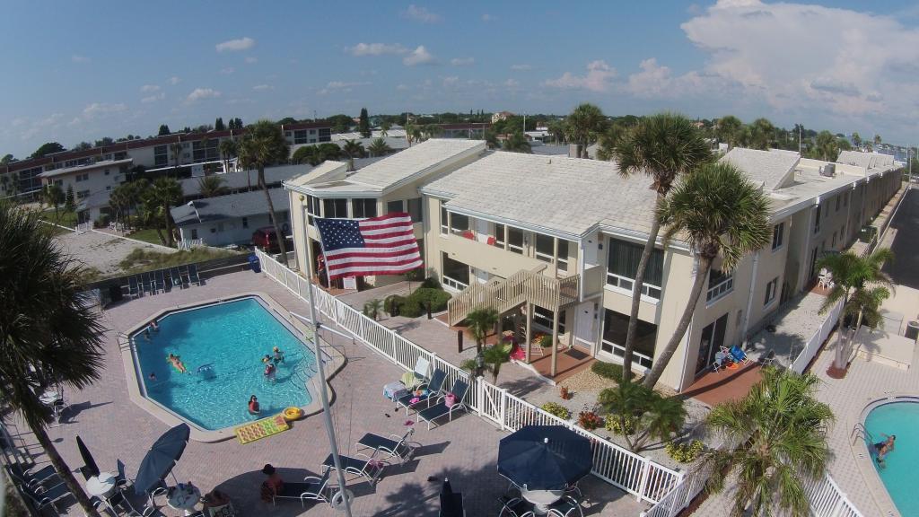 Quarterdeck Island Resort Condominiums