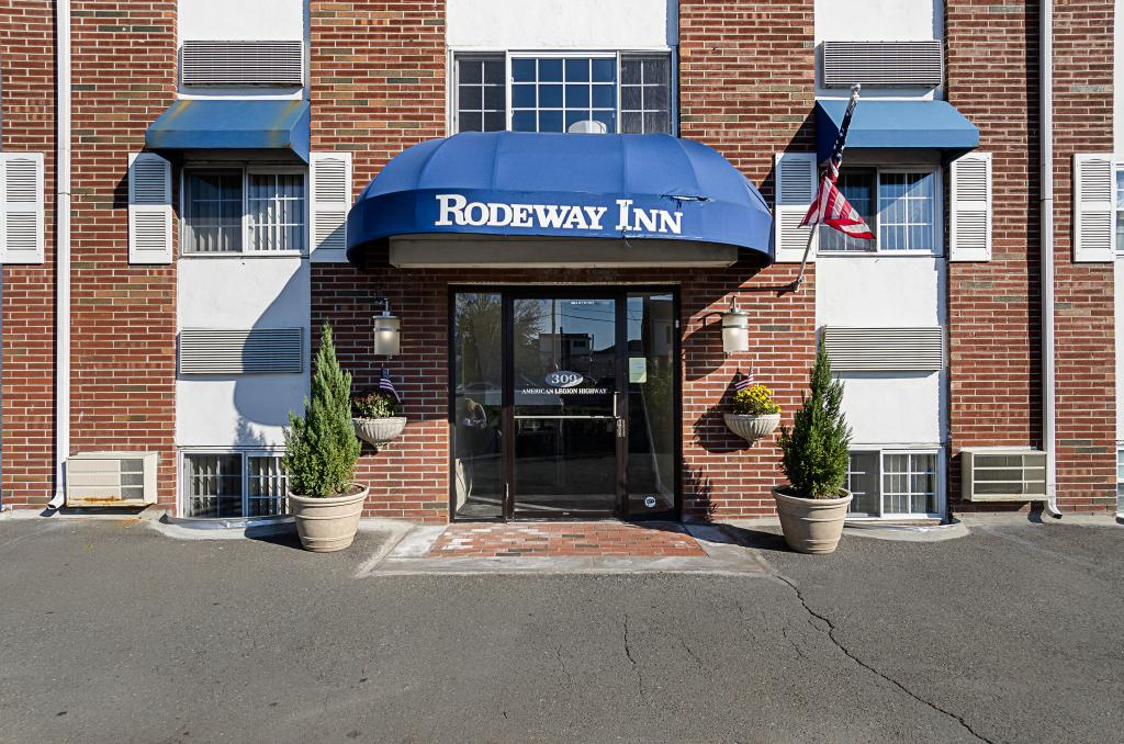 Rodeway Inn Logan International Airport
