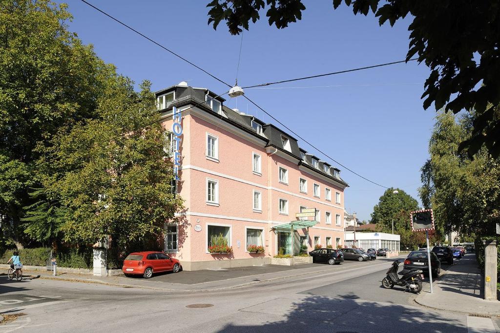 Scherer Hotel