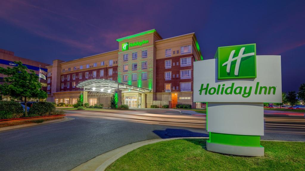 Holiday Inn & Suites Oklahoma City/North Quail