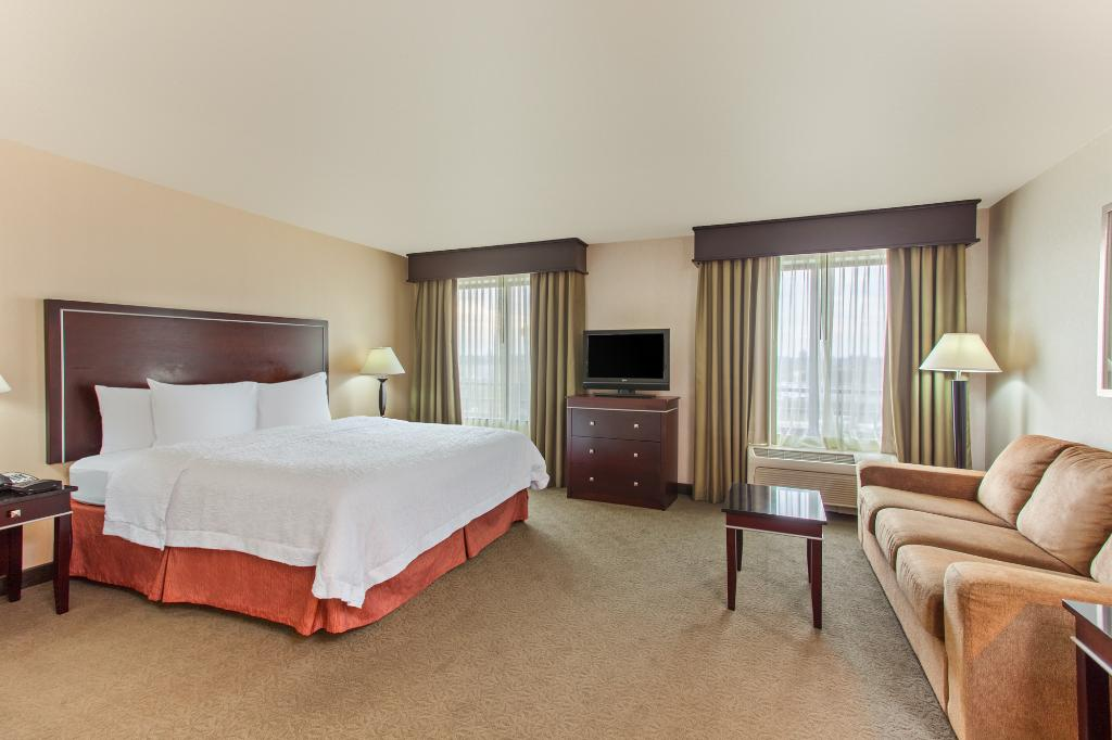 Hampton Inn and Suites Roseville