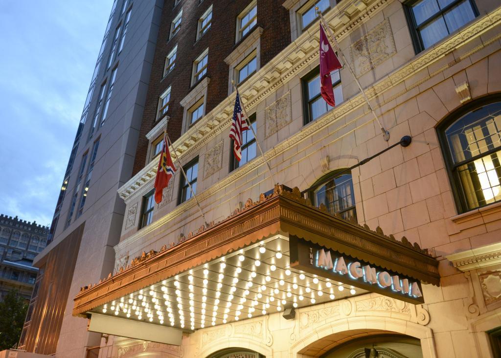 Magnolia Hotel St. Louis