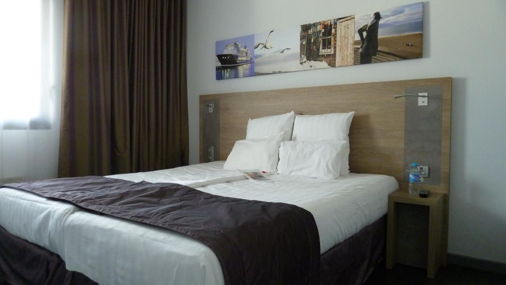 基里亞德普雷斯蒂奇聖納扎爾酒店