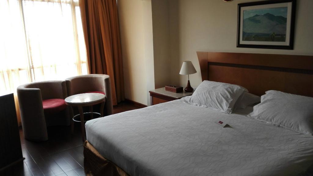 アル ジャワラ メトロ ホテル