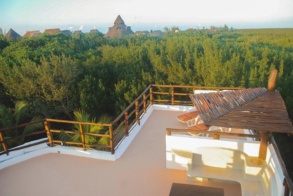 Villa los Mangles Apartments
