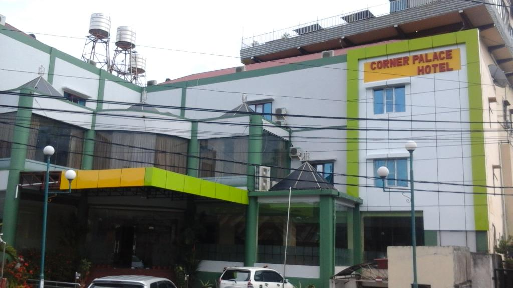 Corner Palace Hotel