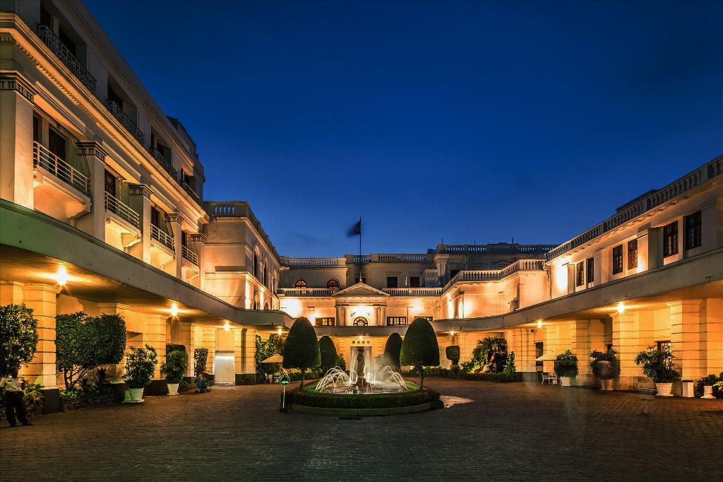 芒特拉维尼亞酒店