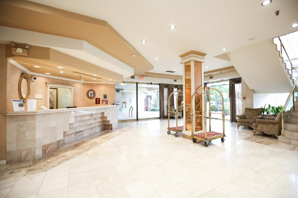 Atrium Inn Vancouver